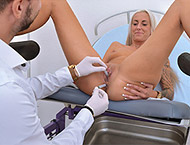 Theresa, 29 years girl gyno exam. Examination with...
