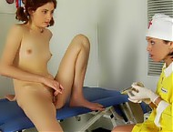 Gyno doctor treats an anorgasmia with a rabbit dil...