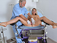 Bianca, 31 years MILF. Inspection with  gynochair ...