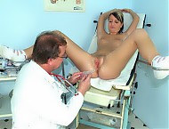 Misa having her pussy gyno speculum examined by ol...